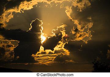 sol, por, nubes, hermoso, sunset:, luz anaranjada