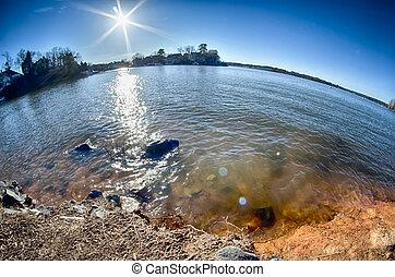 sol que brilla, encima, lago, wylie, en, carolina del norte