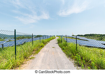 solar power plant on hillside - solar power station on ...
