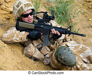 soldado, ação