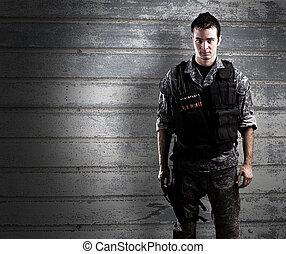 soldado, armado, joven