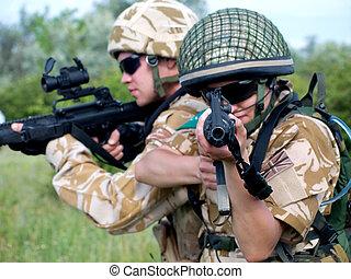 soldados, ação
