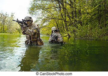 soldados, verde, boinas, acción