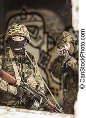soldat, in, slag, klänning, likformig
