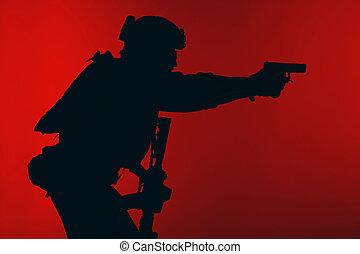 soldat, pistol