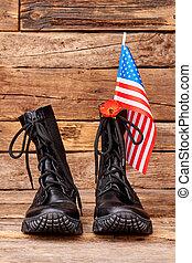 soldat, strid, stövel, med, amerikansk flagga, och, röd, poppy.