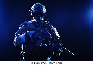 soldato, forze speciali