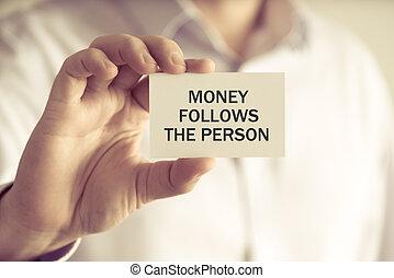 soldi, persona, presa a terra, seguire, uomo affari, messaggio, scheda