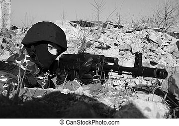 Soldier targeting with automatic rifle
