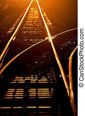 soleil haut, matin, pistes, éclairage, chemin fer