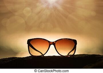 solglasögon, hos, solnedgång, och, stråle, av, solljus