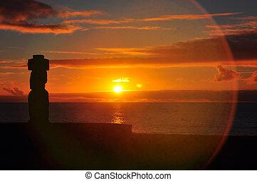solitário, moai, ligado, ilha páscoa, em, pôr do sol