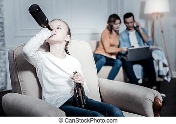 solitario, capretto, bere, birra