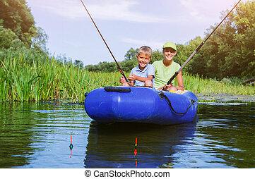 solitario, piccolo bambino, pesca, su, fiume