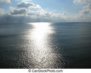 sollys, sti, på, en, hav, overflade