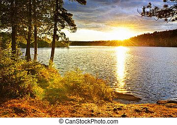 solnedgång, över, insjö