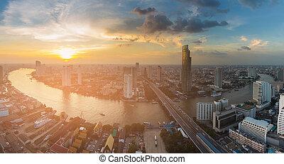 solnedgång, horisont, över, flod, böjd, bangkok, stad affärsverksamhet, i centrum