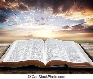 solnedgång, med, öppen bibel