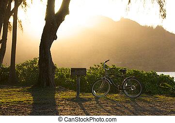 solnedgång, på, hanalei vik