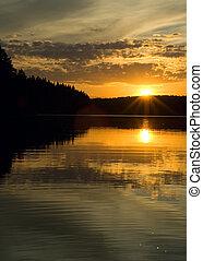 solnedgang, hen, den, sø, og, skov