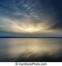 solnedgang, hen, mørke, vand