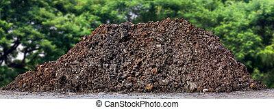 solo, lar, agrícola, grossas, predios, montanha, plantação, composto, cultivo, pilha, maneira, molhados, pilha, marrom, sujeira, construção, montão, montículo, terra, grande, argila, sujo, ou, estrada, pretas