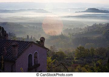 solopgang, hen, tuscanian, bakkerne