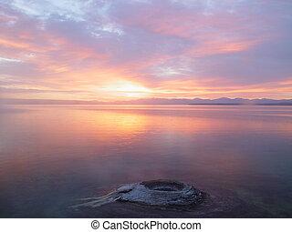 solopgang, og, bjerg sø