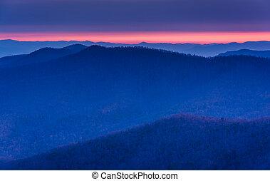 soluppgång, över, den, blåa ås fjäll, från, blackrock, topp, in, s