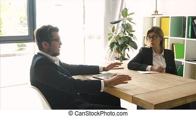 solution., acceptable, réaliser, gens parler, bureau, bureau, ordre, business