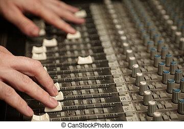 som, direita, produtor, foco, misturador, dedos, em...