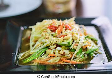 Som Tum Thai papaya salad