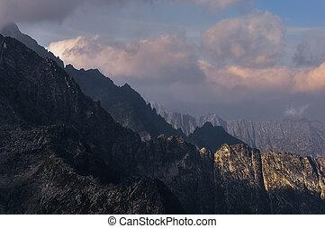 sombras, montanha, nuvens, gama, dramático, paisagem, vista