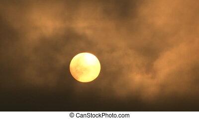 sombre, soleil, levée, nuages