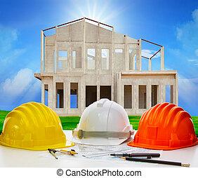 sombrero duro, de, ingeniería, en, trabajando, tabla, con, plan, y, escritura, t
