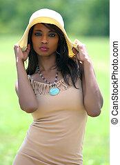 sombrero, hembra negra