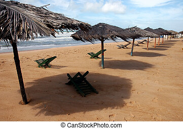 Sombreros done with straws of coconut trees in the Beach