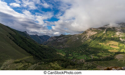 Somiedo valley top view time lapse from prince viewpoint - ...