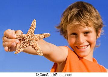 sommar, barn, fokusera, på, sjöstjärna