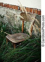 sommer, gras, altes , hölzernes haus, moment, dorf, gelassen, hintergrund, friedlich, hinterhof, stuhl, antikisiert