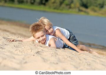 sommer, wenig, zwei, knaben, Porträt, sandstrand