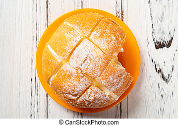 sommet crème, intérieur, bois, table, vue, morsure, pain