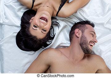 sommet, lit, rire, vue, couple, aimer