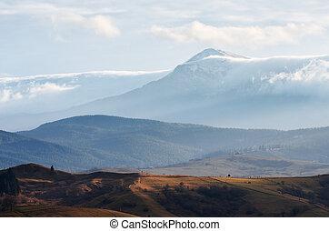 sommet montagne, nuages