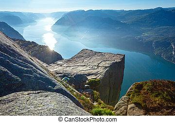 sommet, (norway), preikestolen, massif, falaise