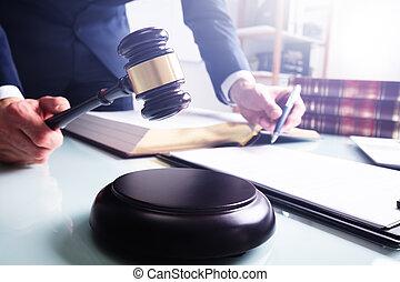 son, hand's, maillet, tenue, juge, mâle, bloc