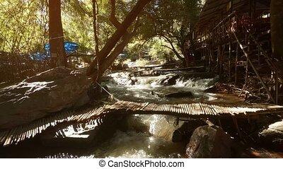 son, montagne, chiang, bambou, recours, improvisé, mai, pont