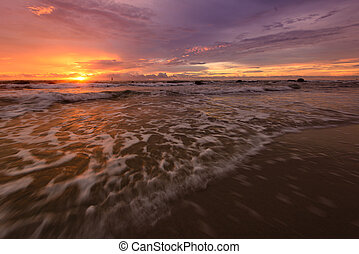 sonnenaufgang, an, der, strand.