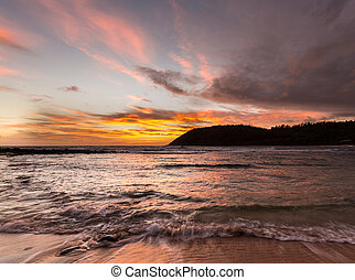 sonnenaufgang, an, moloa'a, sandstrand, kauai, hawaii