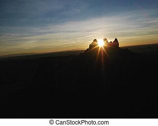 sonnenaufgang, denkmal, valley.